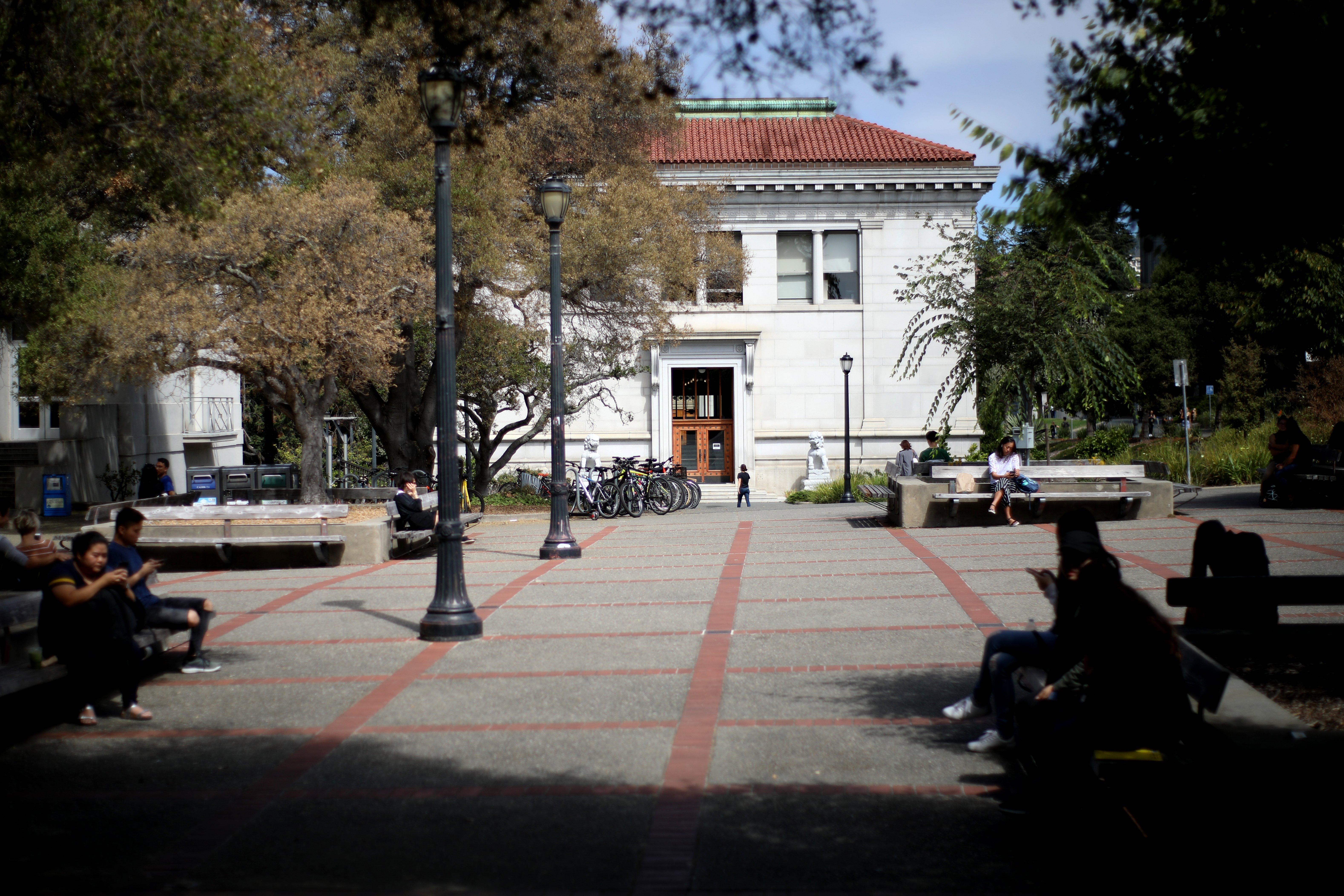 Coronavirus: Bay Area Colleges Suspend In Person Classes Throughout Santa Clara University Spring Break