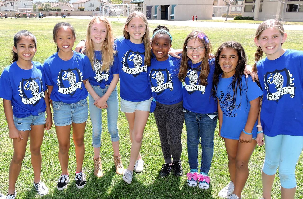 La Mariposa Elementary School / Homepage For Plesant Valley School District In 2014 Calandar