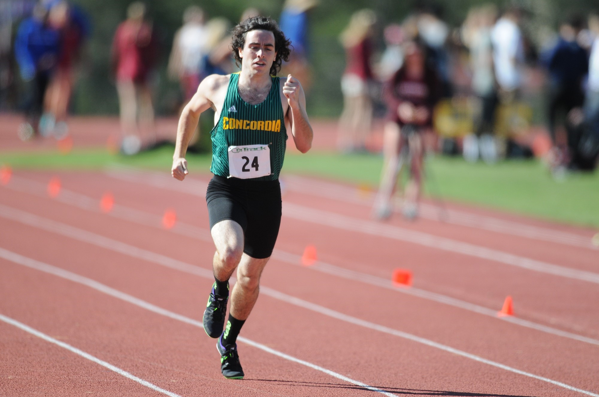 Members Of Eagles Track And Field Compete At Oxy Distance For Concordia Irvine Spring Break
