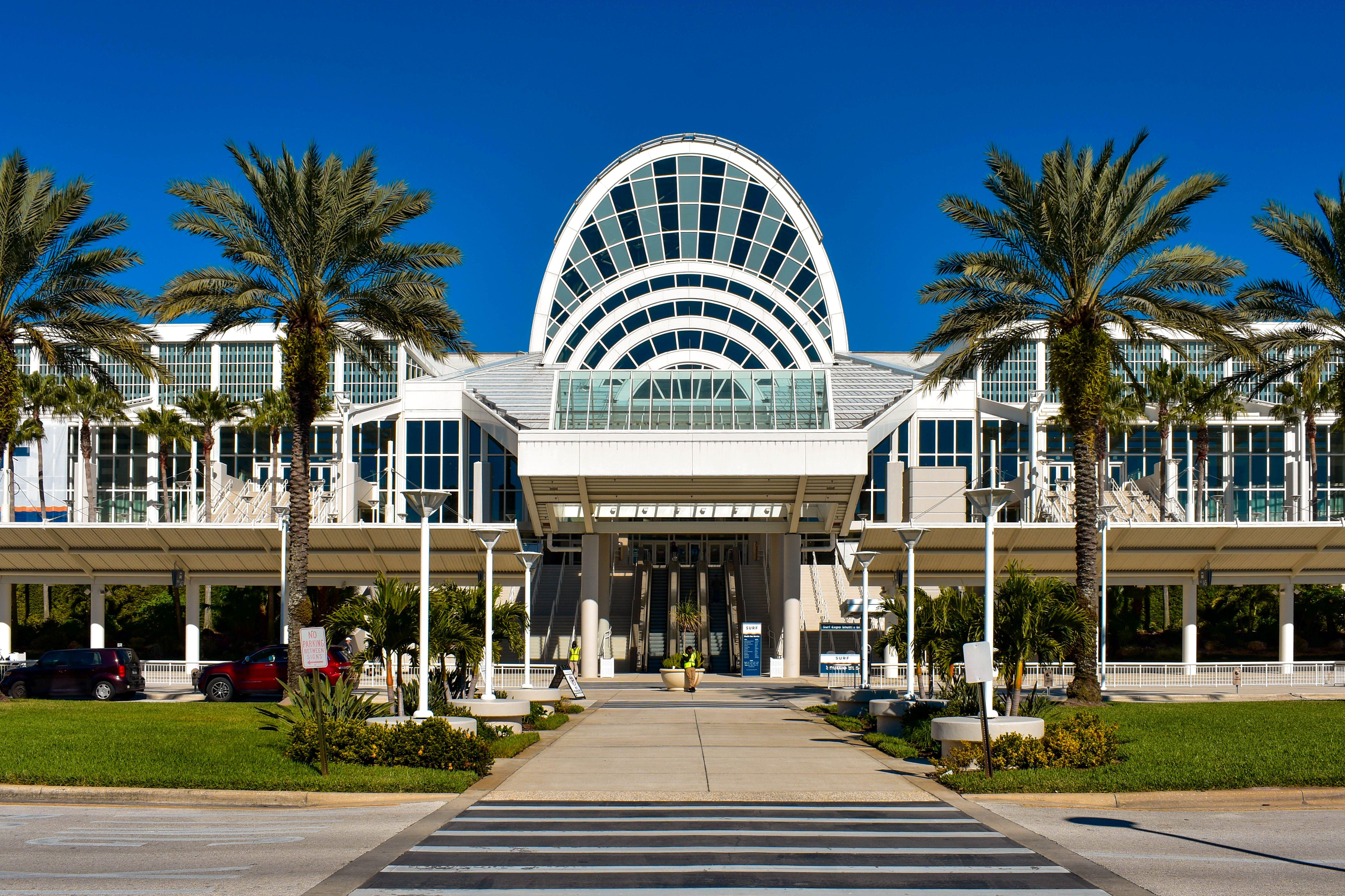 Restaurants, Shopping Near Orlando Convention Center With Orlando Convention Center Schedule