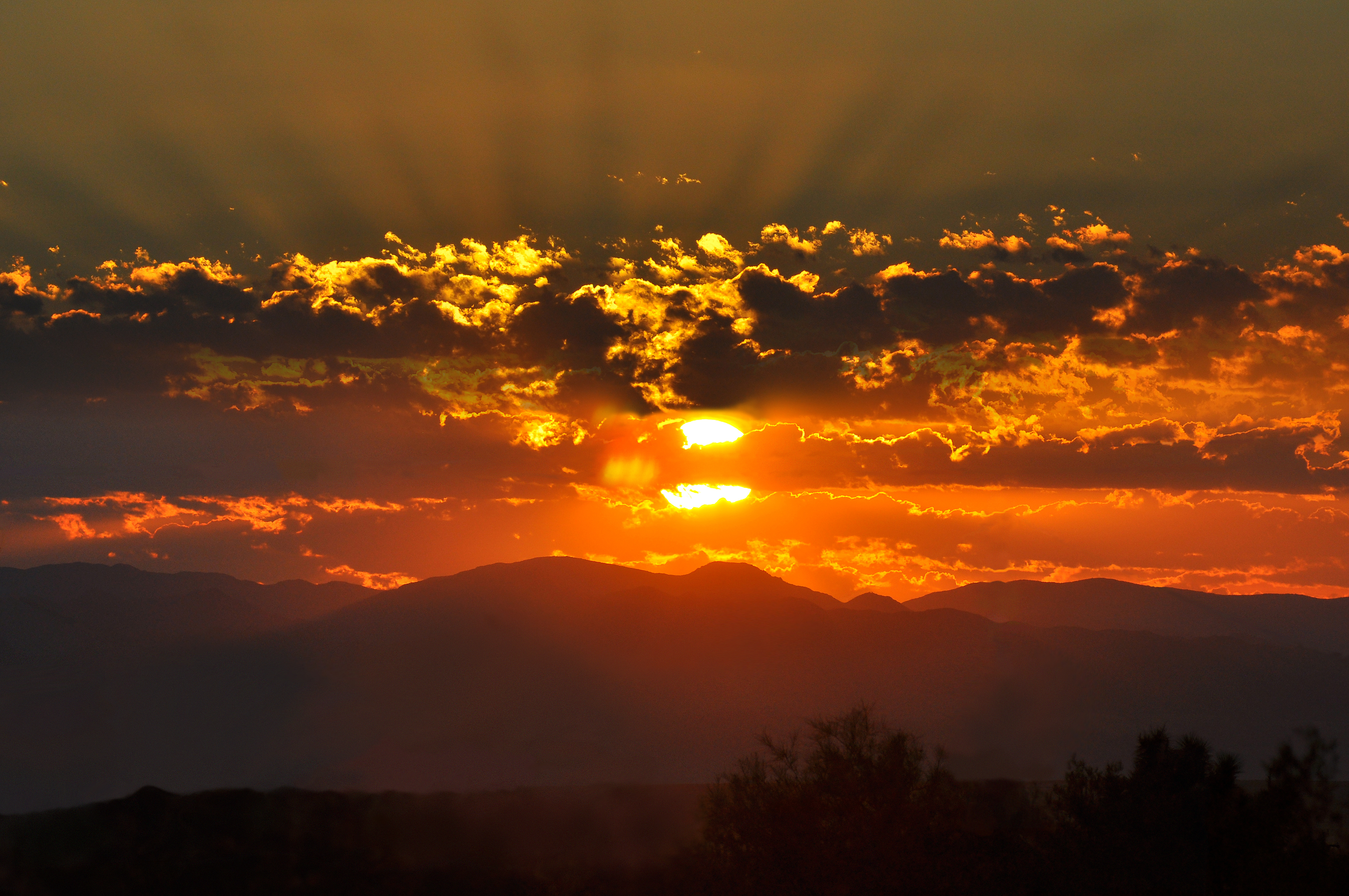 Sunrise - Wikipedia With Calendar Sunset Sunrise Length Printable