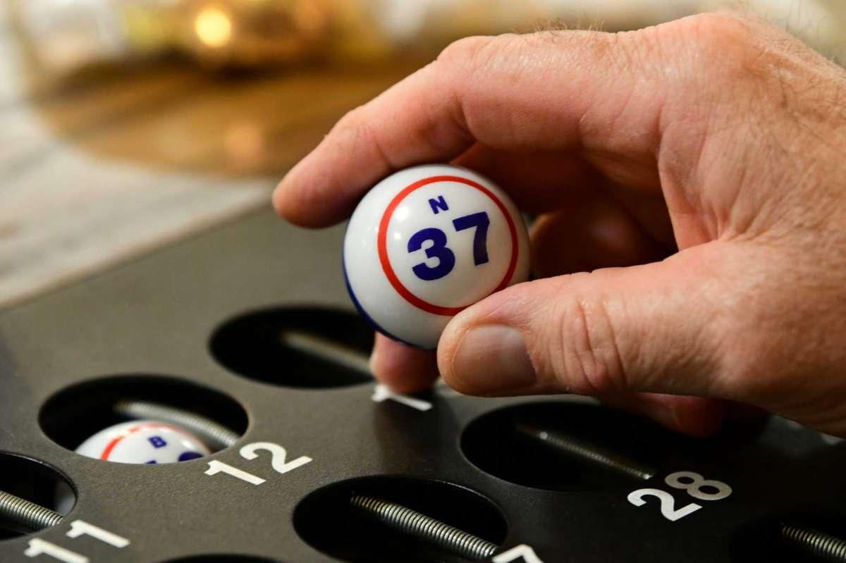 The Call Of Bingo Fades With Regard To Turning Stone Bingo Hall Calendar