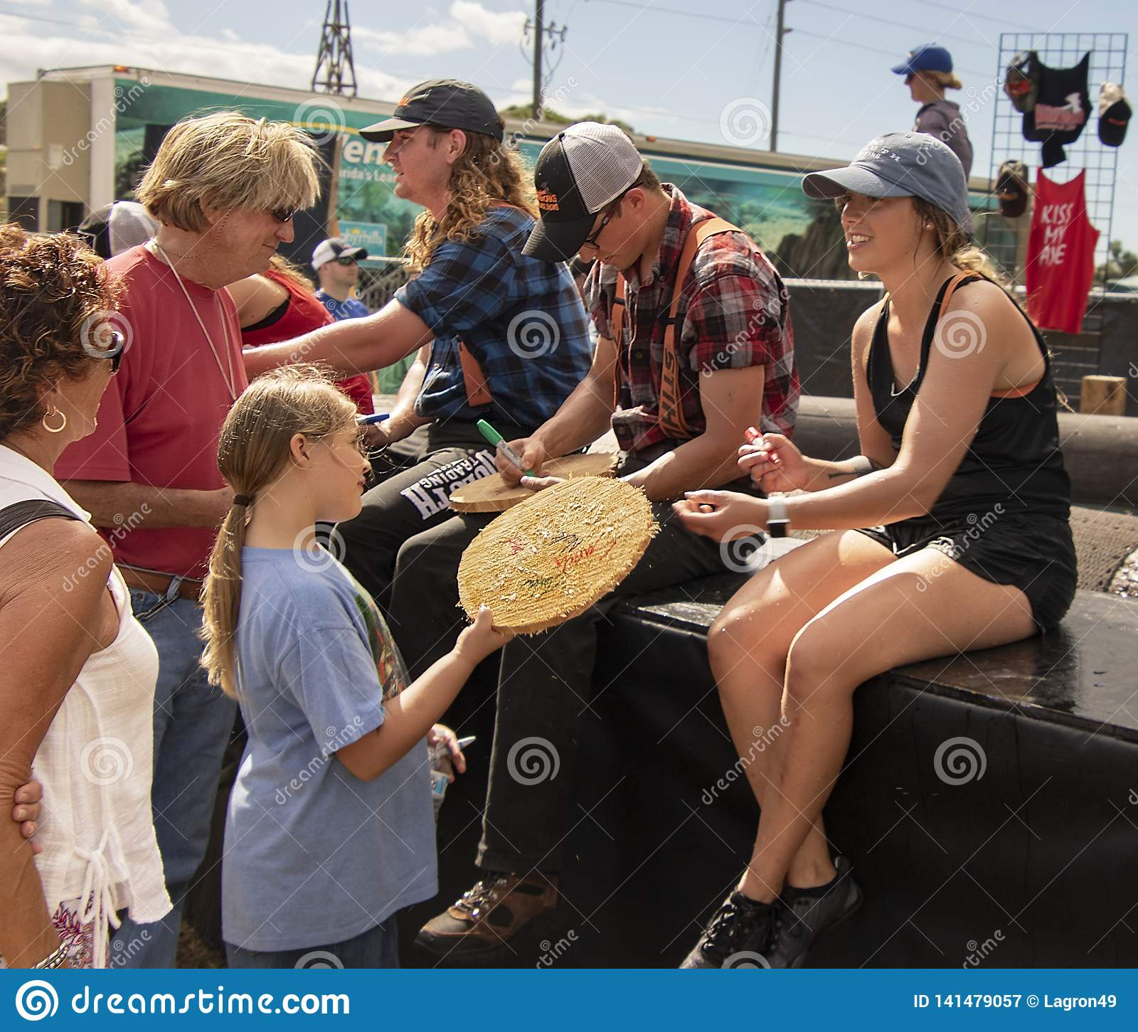 Autograph Session After Women`s Logrolling Competition At In Florida State Fairgrounds Event Calendar