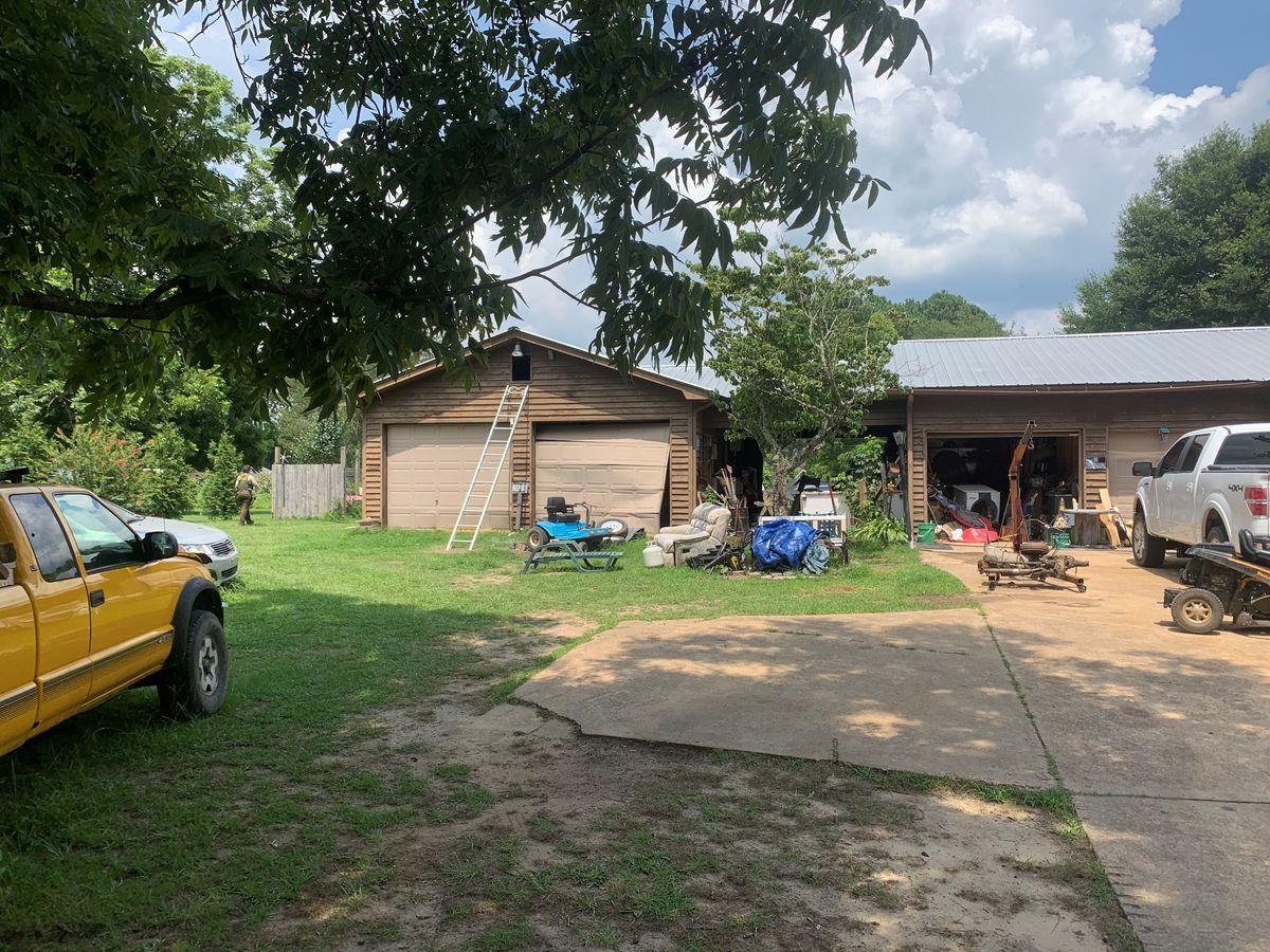 Deputies: Marshall County Man Shoots Self During Search Regarding Marshall County Ten School Calendar