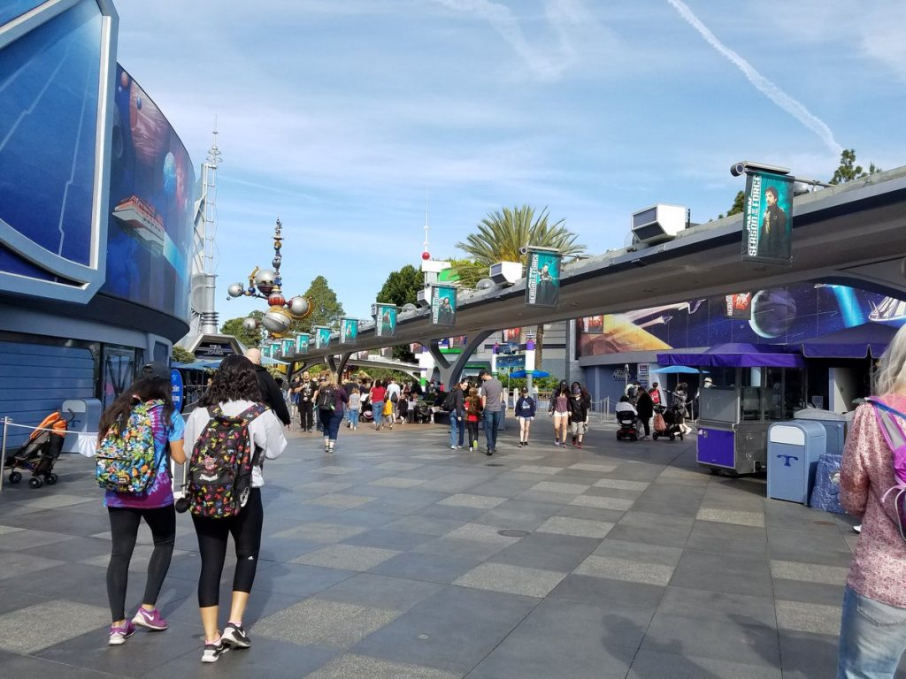 Disneyland In April: Best & Worst Days To Go – Is It For Is It Packed Disneyland Calendar