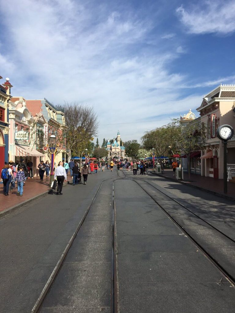 Disneyland In February: Best & Worst Days To Go – Is It Throughout Is It Packed Disneyland Calendar