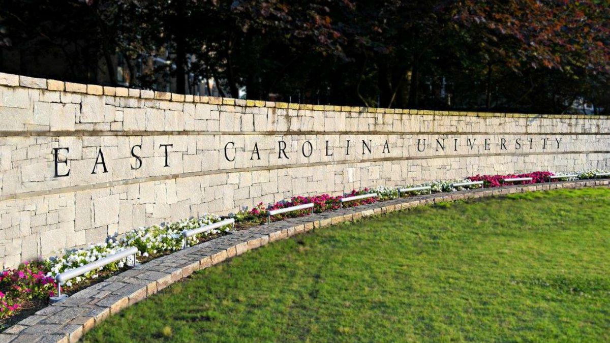Ecu Moves All Undergraduate Courses Online For Fall Semester Regarding East Carolina University Calendar 2020