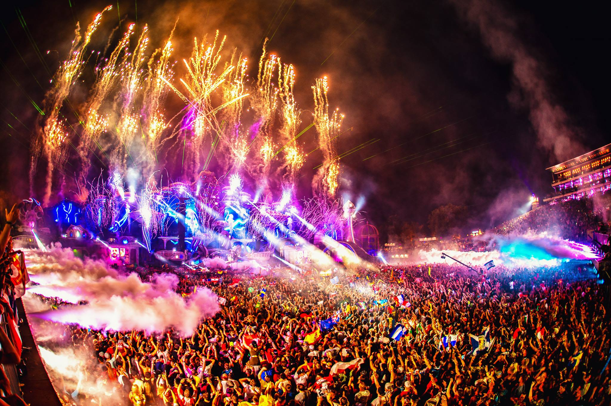 Relive Some Of The Best Dj Sets From Tomorrowland 2018 Throughout Las Vegas Live Music Calendar
