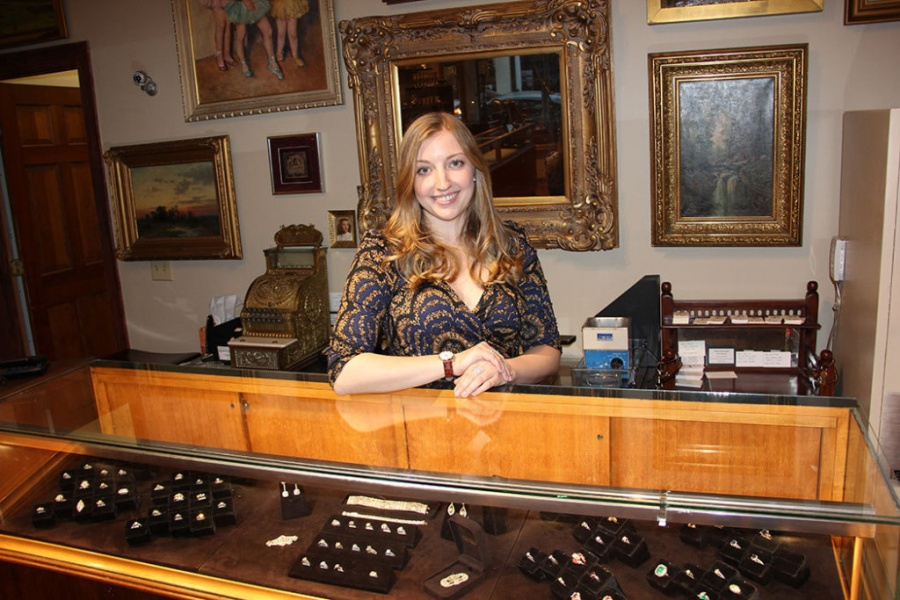 Walton's Jewelry: Julie Walton For Jnauary Family Calender Franklin Tn