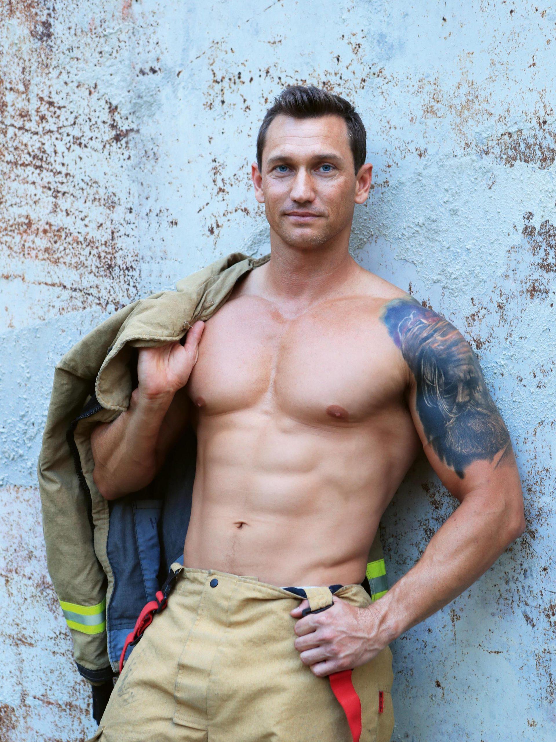 Australian Firefighters Calendar 2021: Bei Diesem Anblick Throughout Houston Fire 2021 Schuele