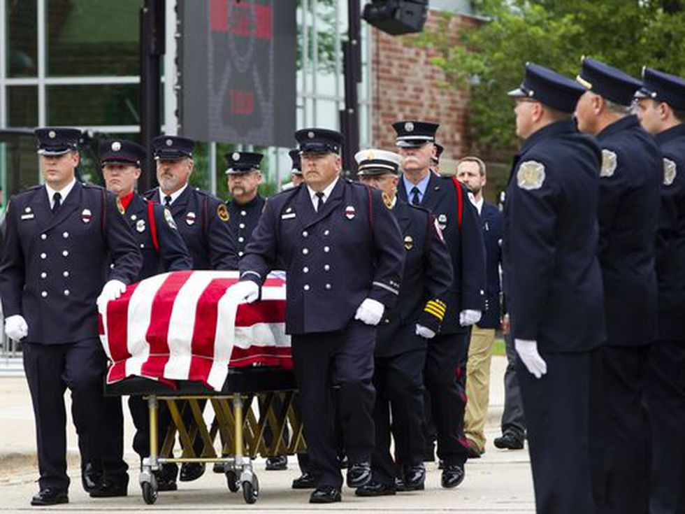 More Than 2,000 Gather For Sun Prairie Firefighter'S Funeral For Sun Prarie Calender School